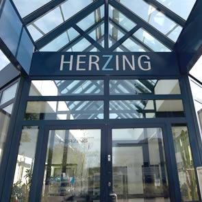 herzing AG